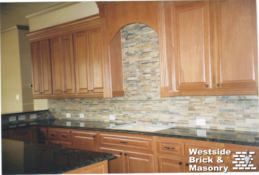 Filename Indoor Kitchen Cabinetry Ledgestone Backsplash Jpg